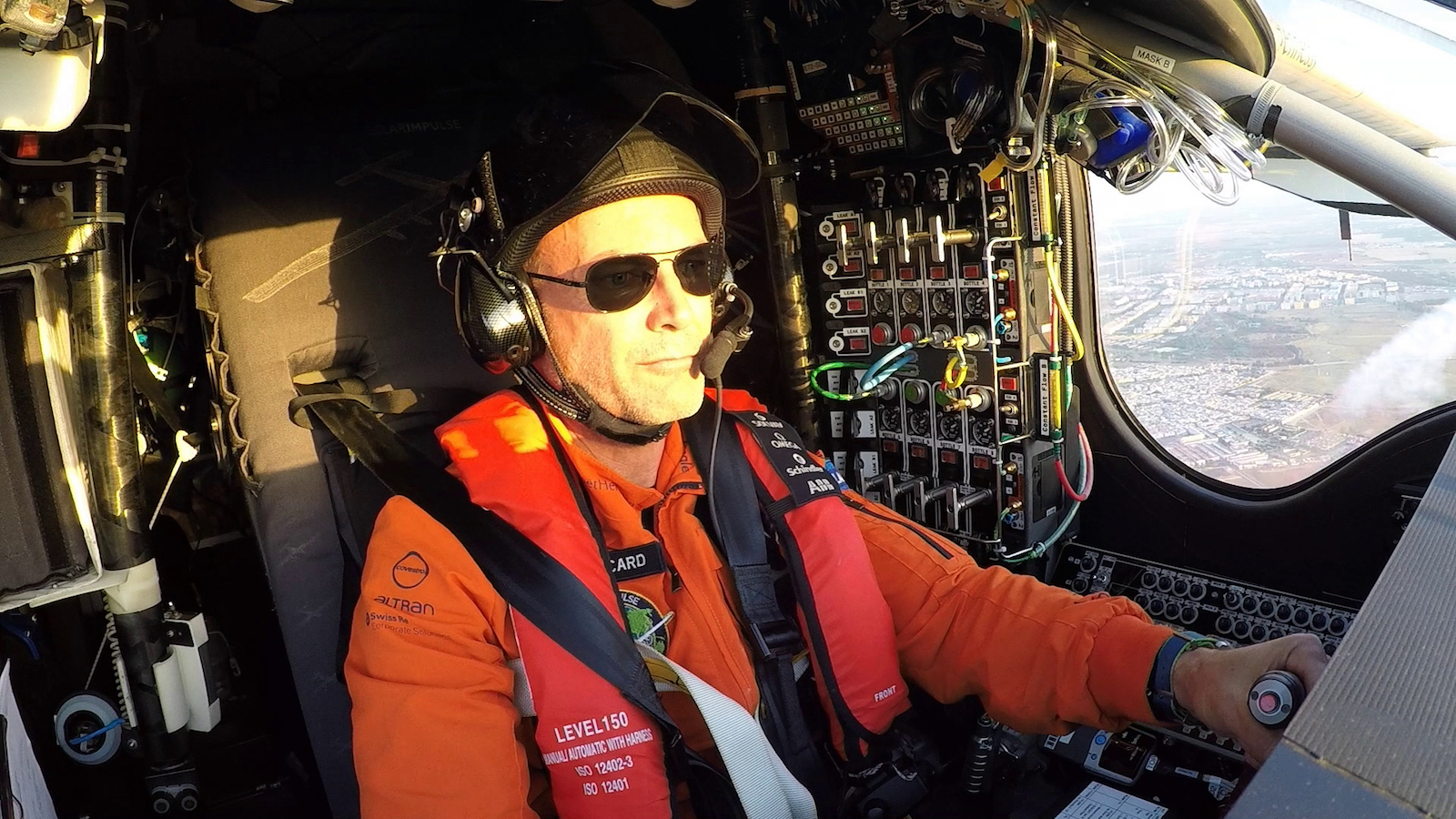 Bertrand_Piccard_in_the_cockpit_of_Solar_Impulse_2 kopie
